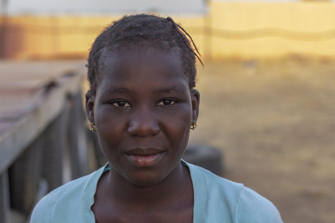 retrato nina mani nioro sahel pablocaminante 1080x720 - Malí 1, Nioro du Sahel