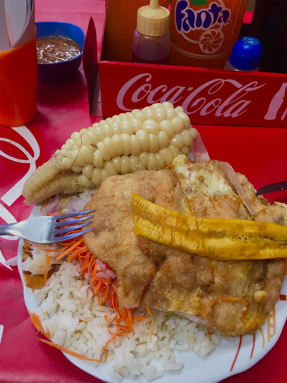 almuerzo mercado sucre pablocaminante - Bolivia