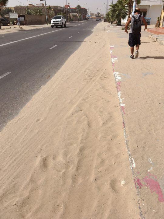 arena calle mauritania pablocaminante 1 540x720 - Mauritania 3/5, Nouakchott