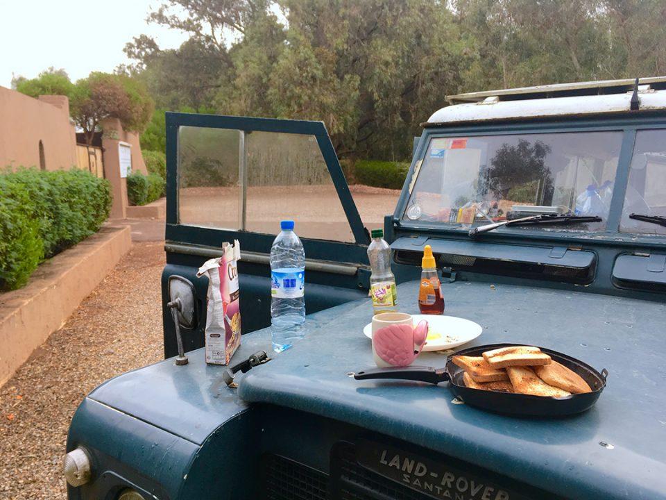 desayuno marruecos pablocaminante 960x720 - Marruecos 1/3, llegada
