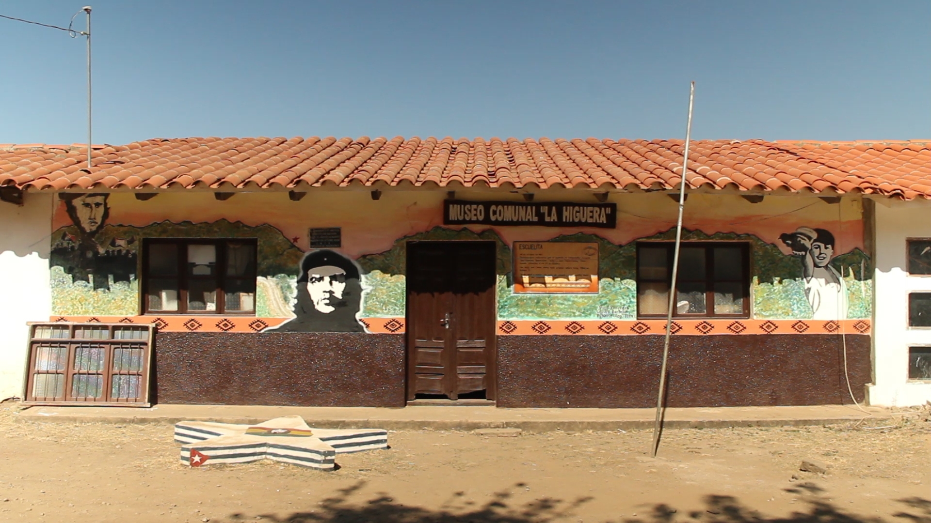 escuela higuera pablocaminante 1 - Ruta del Che 2/2, La Higuera