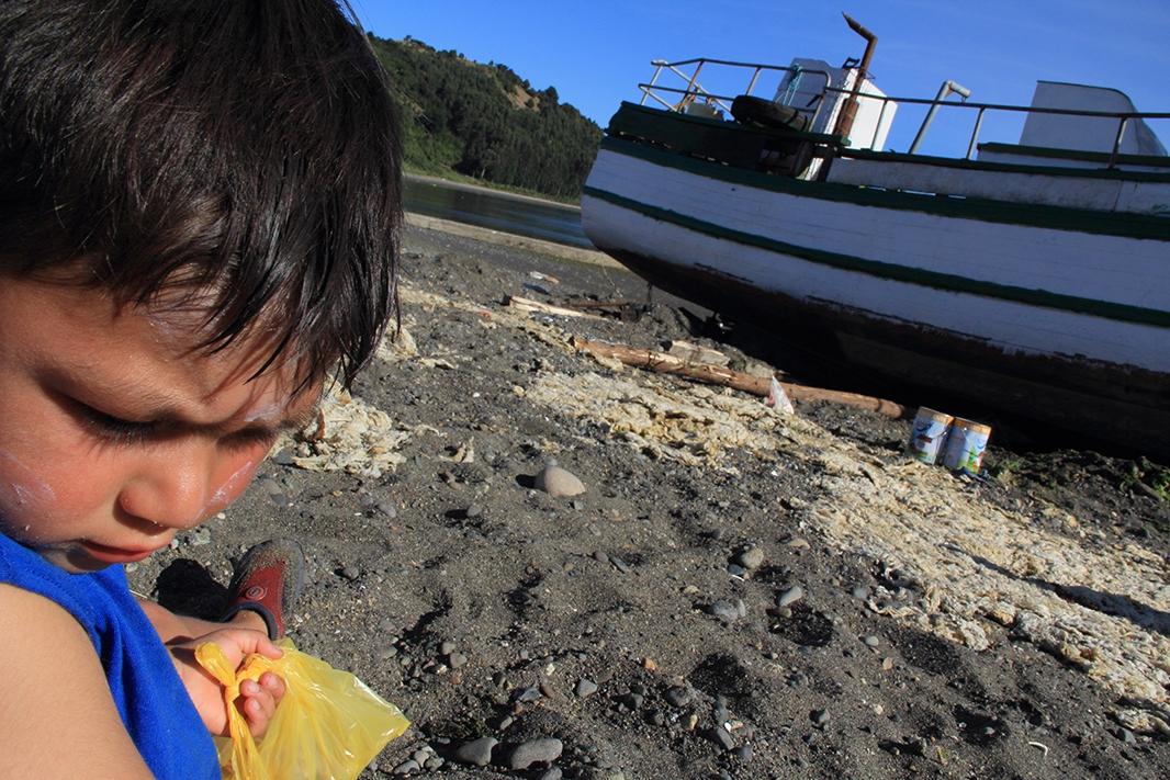 barco lin lin pablocaminante nino - Chiloé, Chile