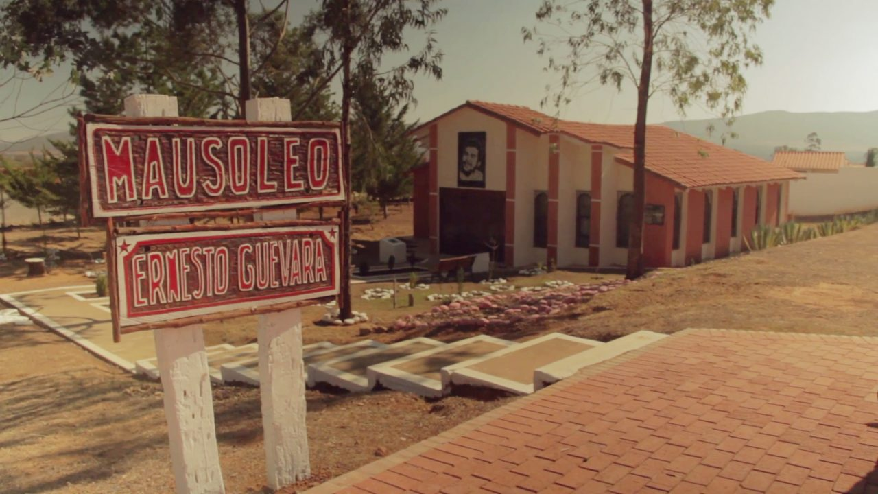 mausoleo che guevara pablocaminante 1280x720 - Che Guevara en Bolivia, breve historia