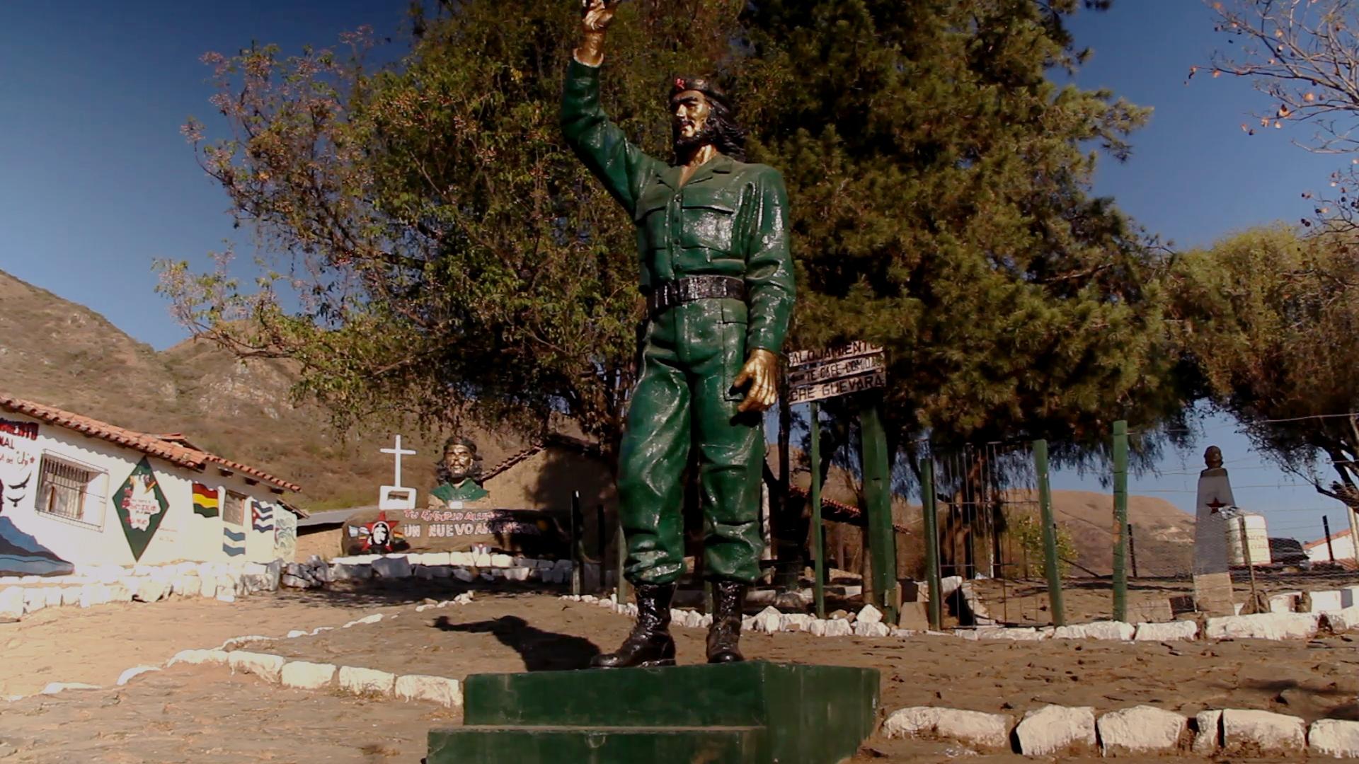 plaza higuera pablocaminante - Ruta del Che 2/2, La Higuera