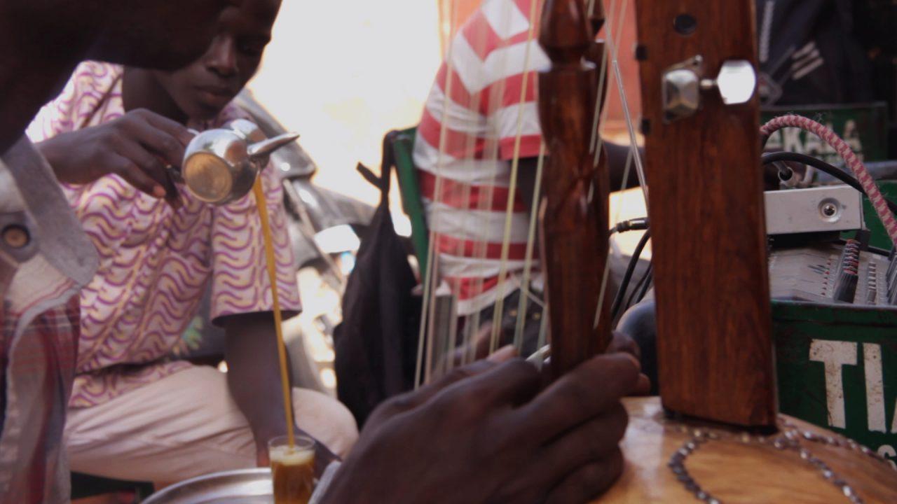 el arte del te y la kora 1280x720 - Malí 3, Ségou