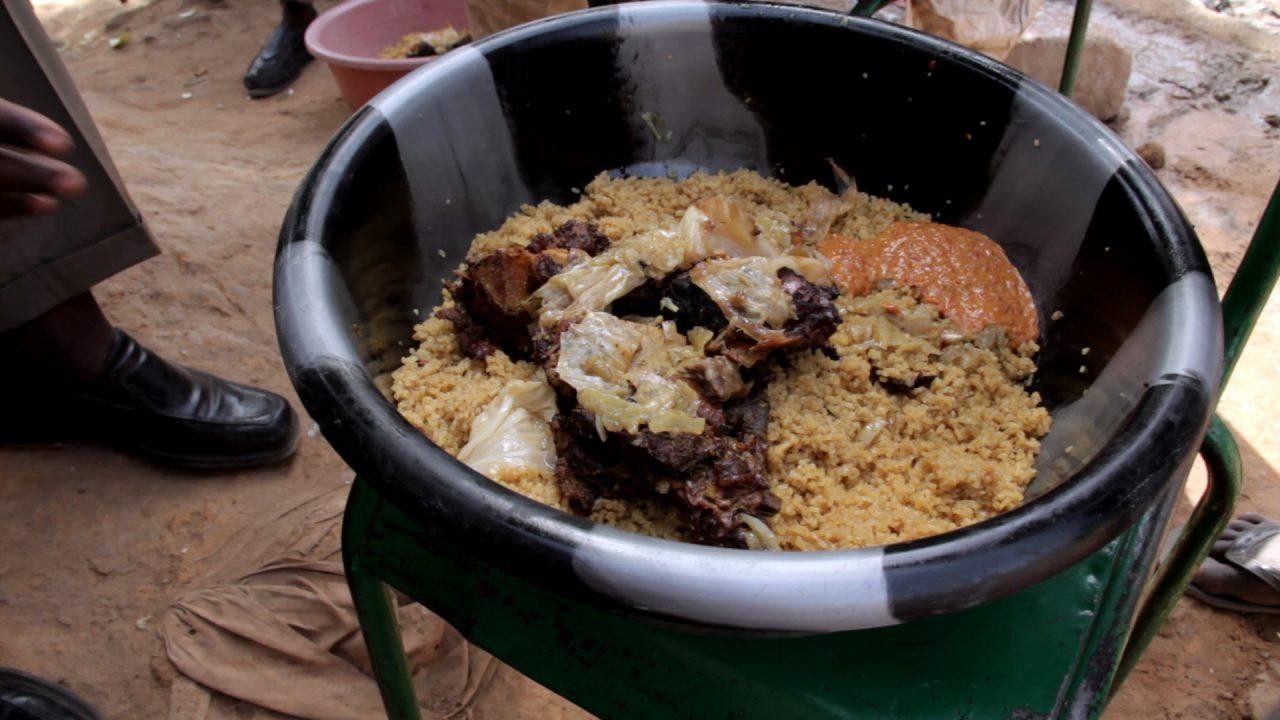 riz viande sauce mali pablocaminante 1280x720 - Malí 3, Ségou