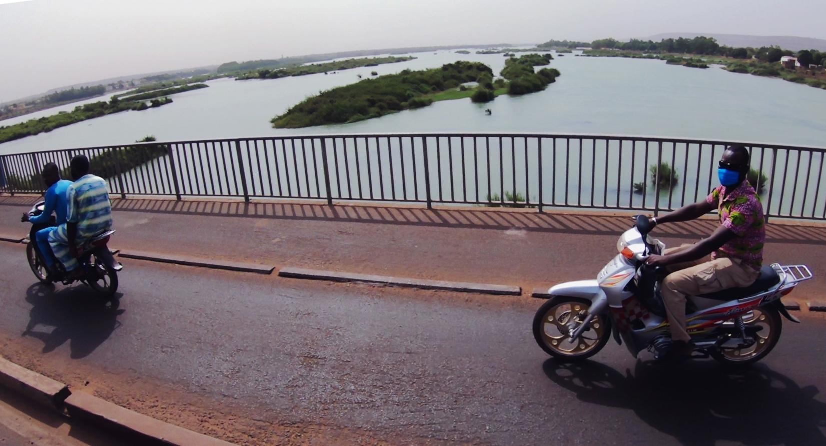 puente rio niger pablocaminante - Malí 2, de Nioro a Ségou