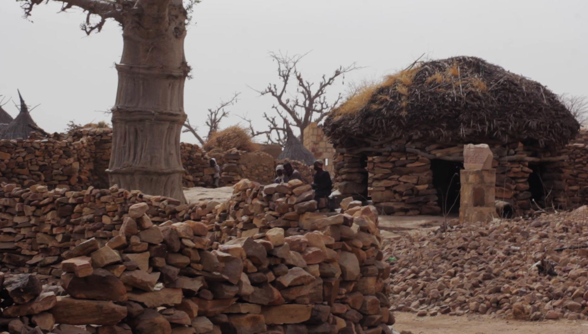 toguina hombres pablocaminante - Malí 5, País Dogon II: Djiguibombó