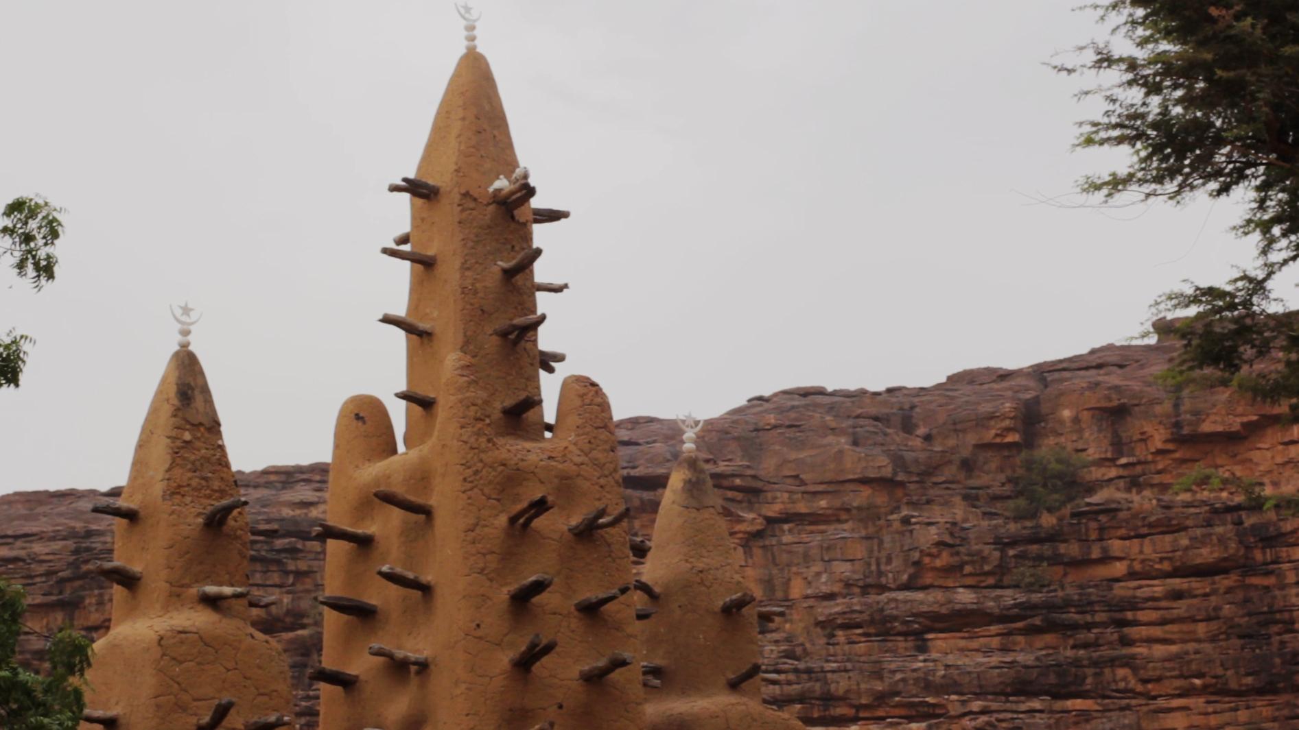 mezquita kanikombole pablocaminante bandido cine canto dioses - Malí 6, País Dogon III: Falla de Bandiagara
