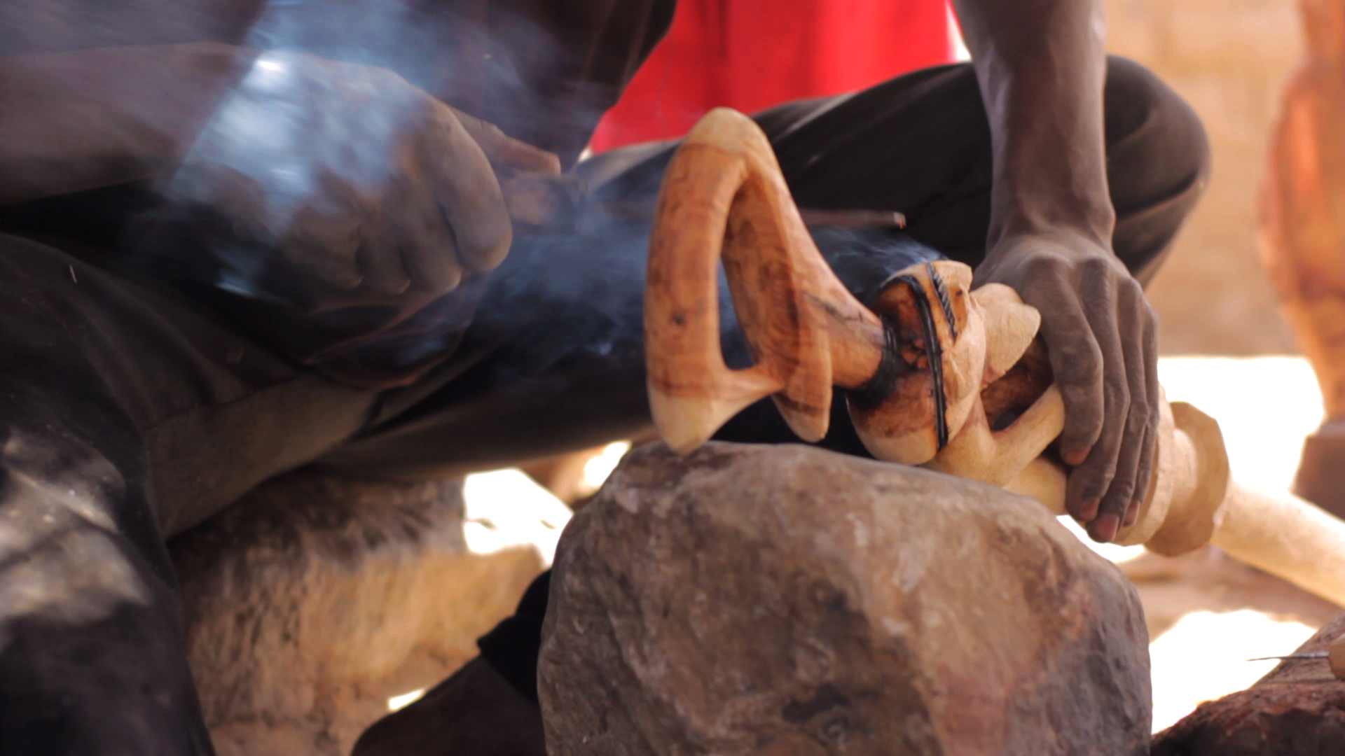 dogon pablocaminante herrero fuego - Malí 8, País Dogon V: moda, arte y religión