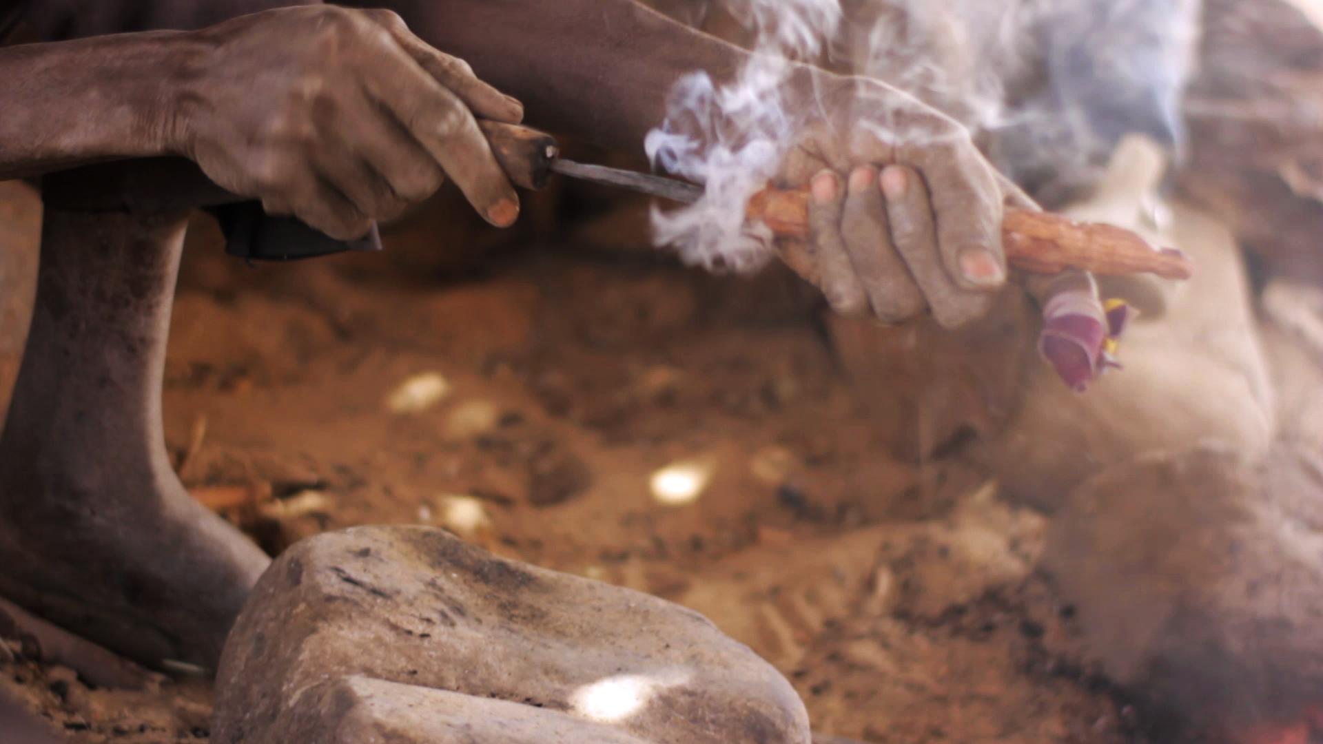 pablocaminante herrero bandido cine dogon arte - Malí 8, País Dogon V: moda, arte y religión